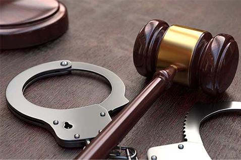 criminal defense attorney image gavel ira a serebrin